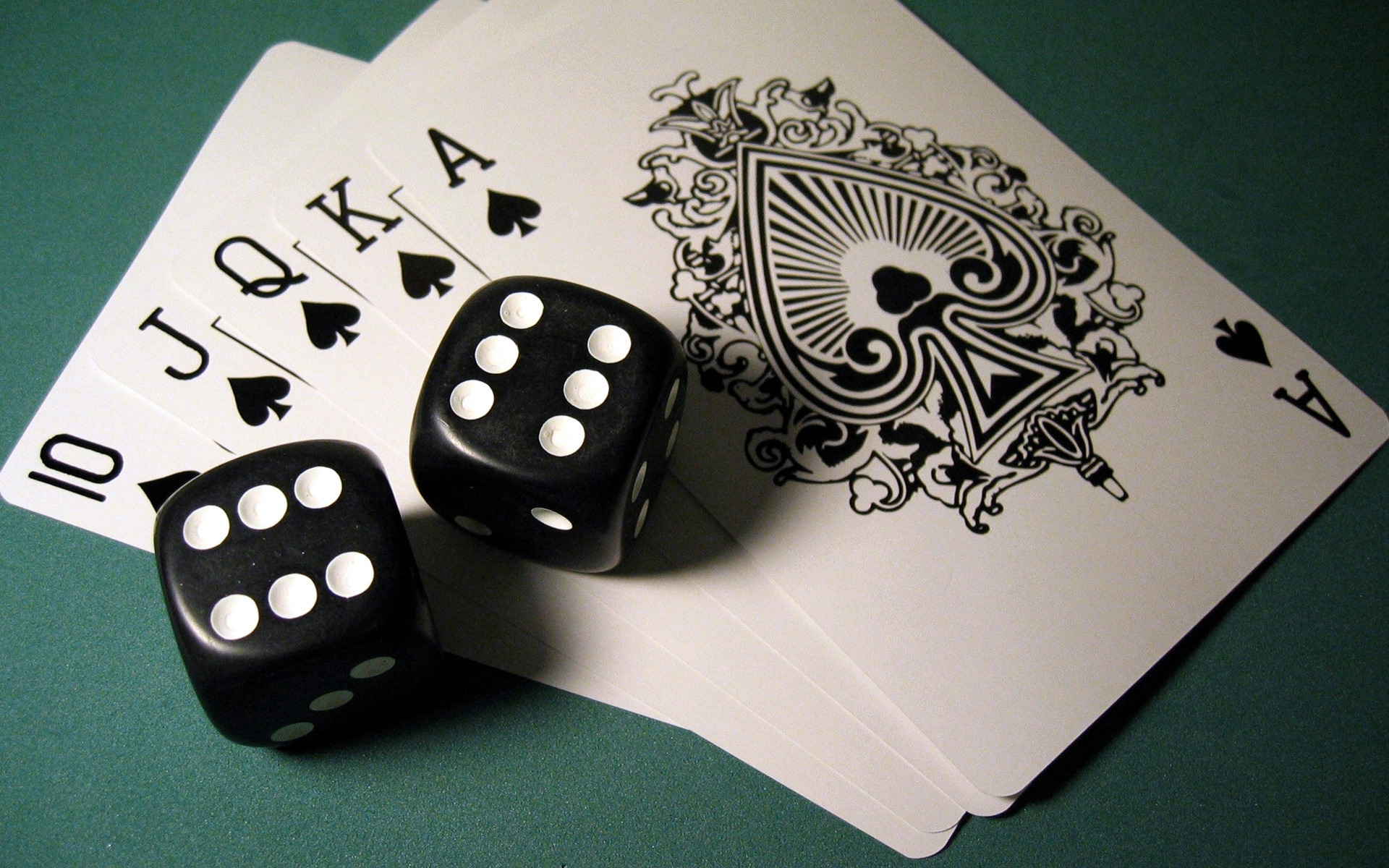 Poker Inquiry: Does Dimension Matter?